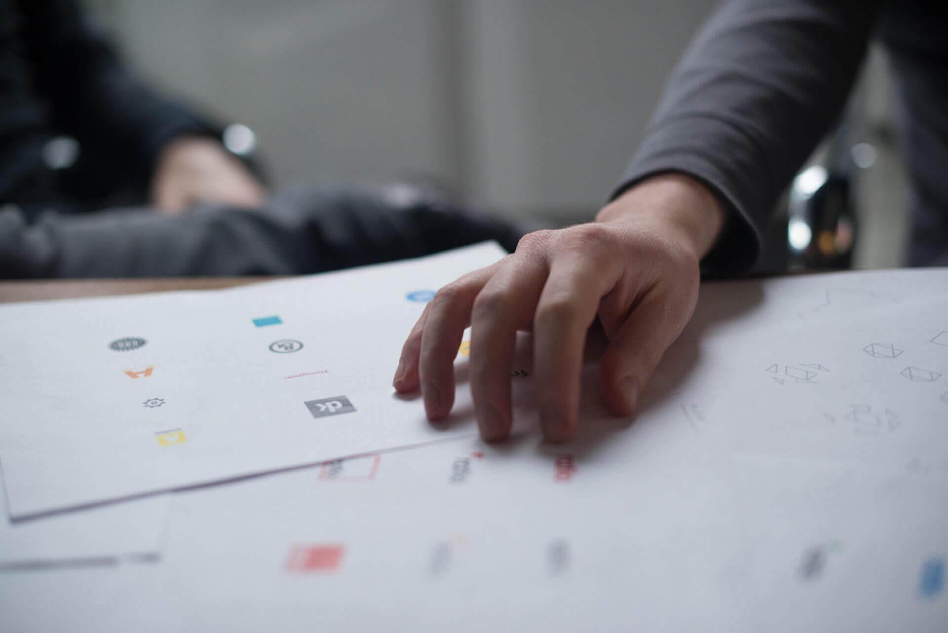 critique-design-designer-17845-1920x1282