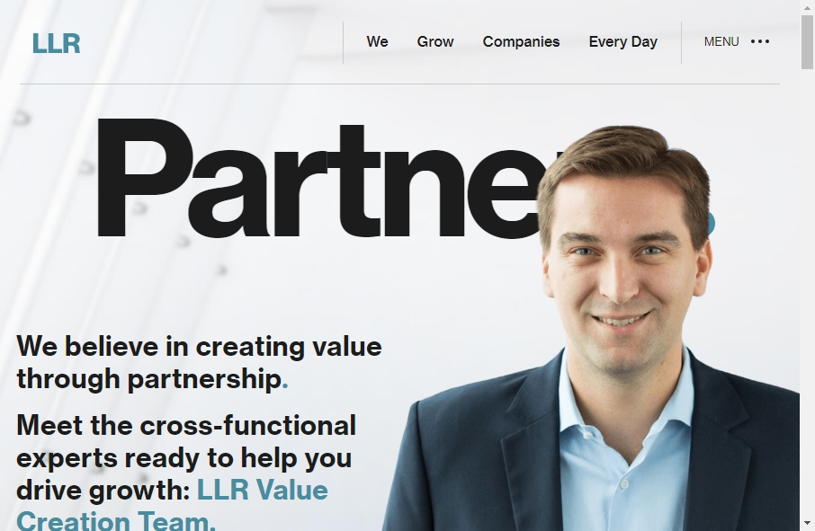 18 Great Investment Website Examples 26