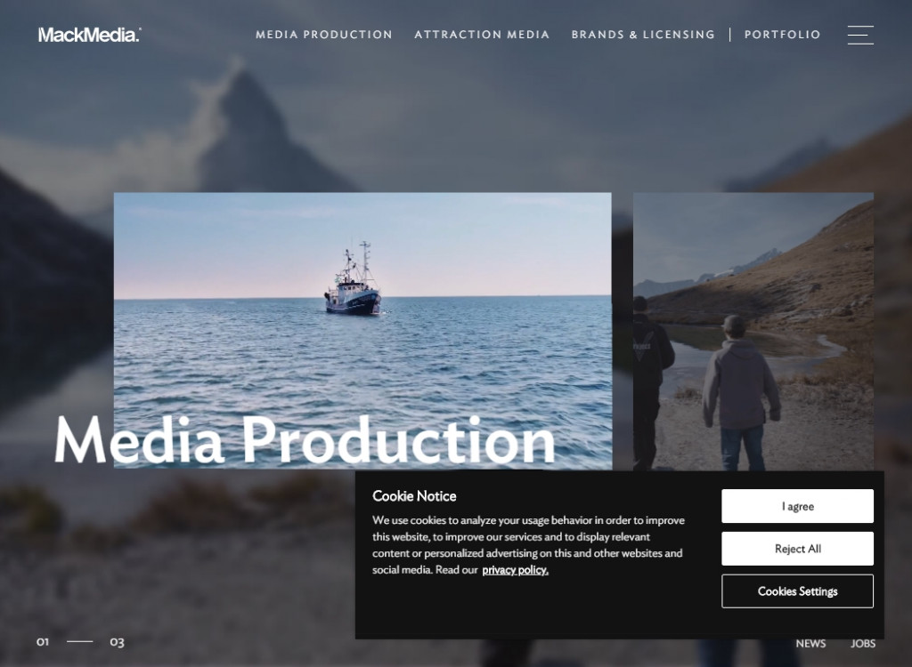 19 Video Background Web Designs 32